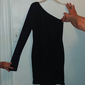Never worn. Too small on me